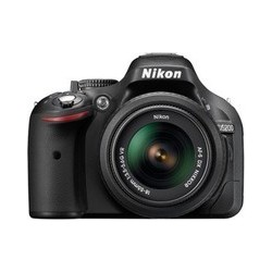 Nikon D5200 ( AF-S 18-55 mm VR Lens)